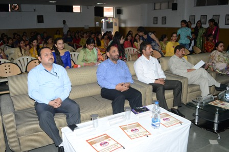 Dogra College of Education organized farewell cum prize distribution function
